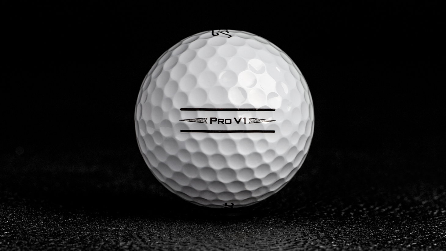 2019 Pro V1 Enhanced Alignment