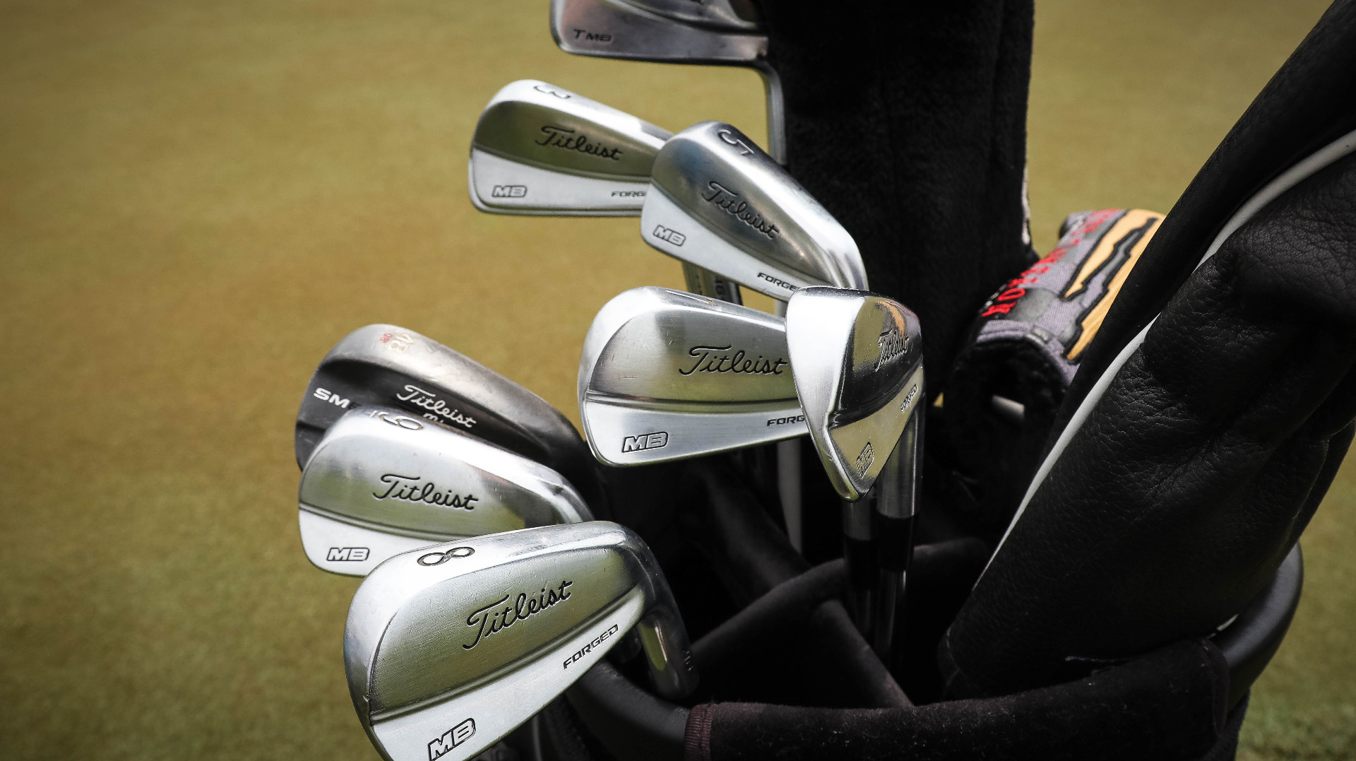 Let's zoom in on Jimmy'ss bag of 716 MB ir...
