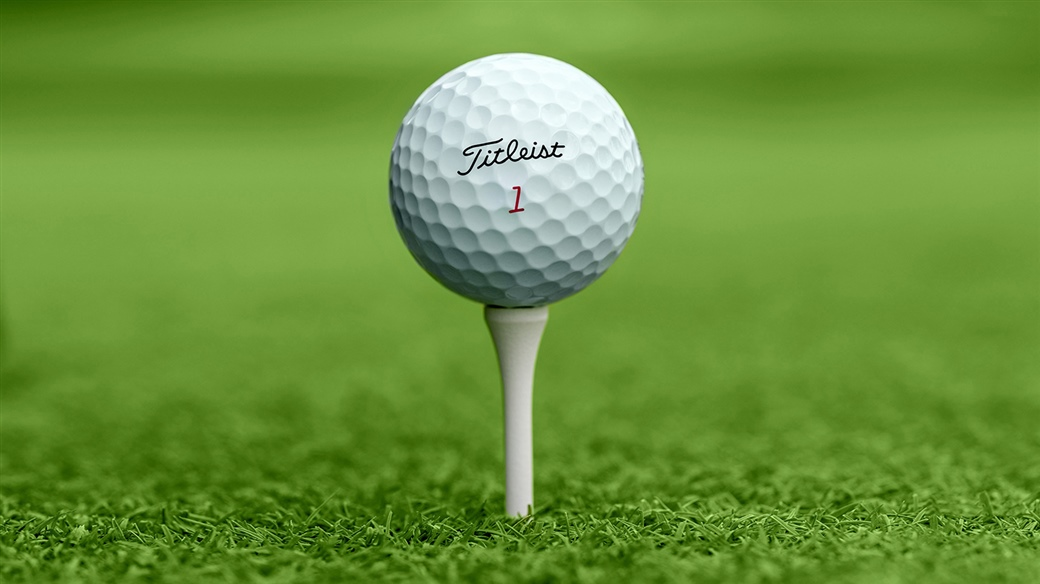 The winner of the 2019 WGC - FedEx St. Jude Invitational teed up a Titleist Pro V1x golf ball.