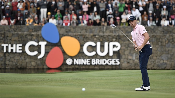 Justin Thomas watches his Pro V1x golf ball roll on the 18th green during his victory at The 2019 CJ Cup @ Nine Bridges